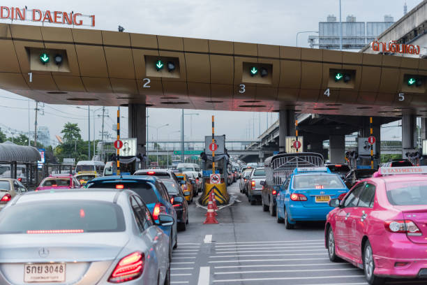 Gate for expressway fee payment in bangkok picture id831300972?b=1&k=6&m=831300972&s=612x612&w=0&h=w1ot2xmbh3izi64am5whu7r9onvs hte3w33otivi o=