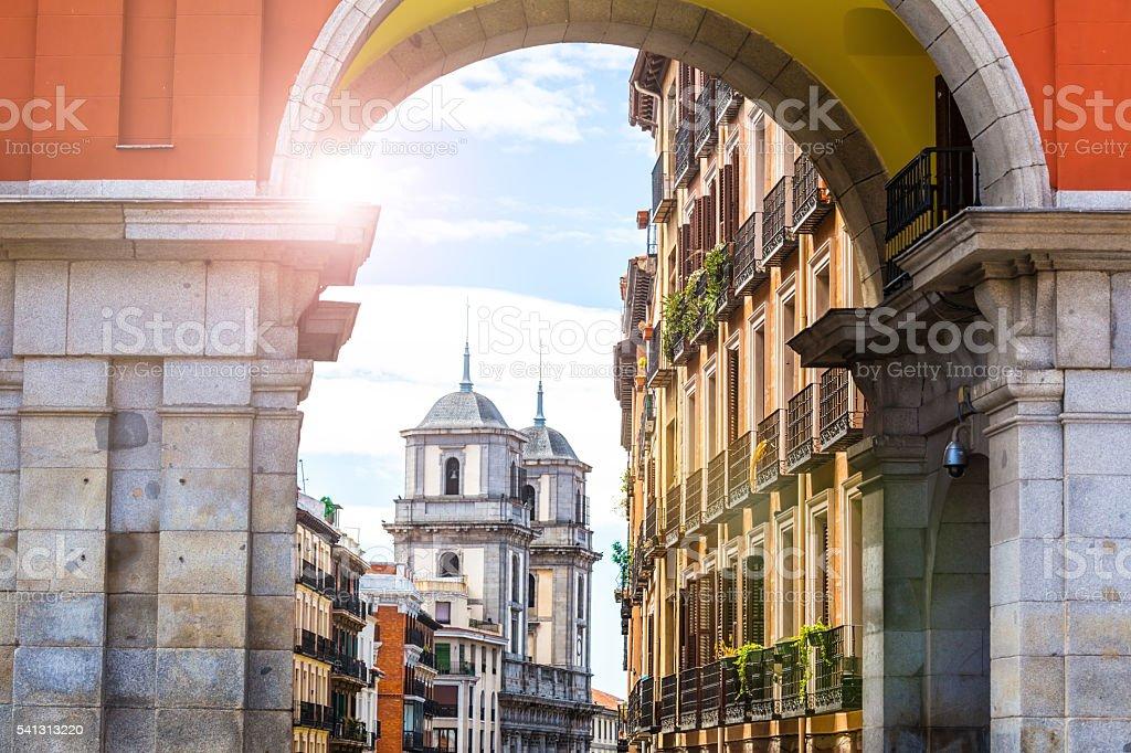 Tor im der Altstadt von Madrid – Foto