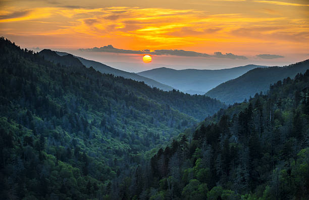 Gatlinburg TN Great Smoky Mountains National Park Scenic Sunset Landscape Gatlinburg TN Great Smoky Mountains National Park Scenic Sunset Landscape vacation getaway destination in the Smokies blue ridge mountains stock pictures, royalty-free photos & images