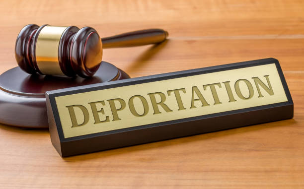 A gavel and a name plate with the engraving Deportation A gavel and a name plate with the engraving Deportation deportation stock pictures, royalty-free photos & images