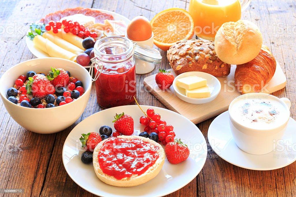 Cherry Frühstückstisch – Foto
