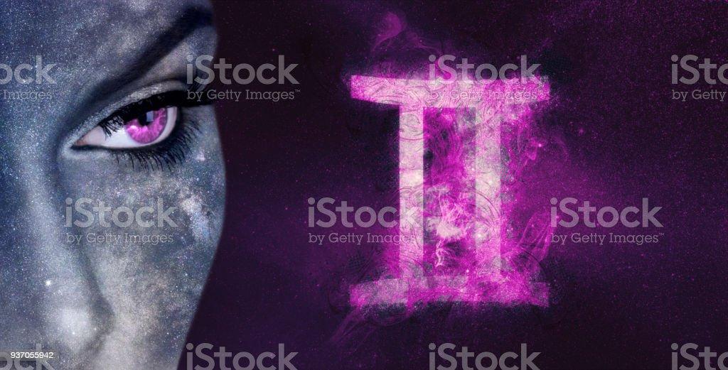 Sternzeichen Zwillinge. Nacht-Himmel-Astrologie-Frauen – Foto