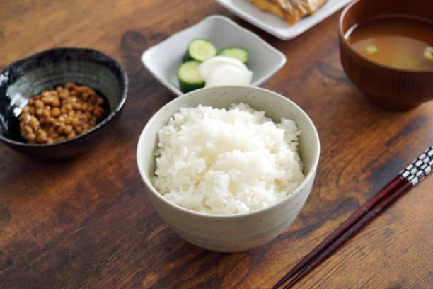 一般的な日本食の自宅。 - 和食 ストックフォトと画像