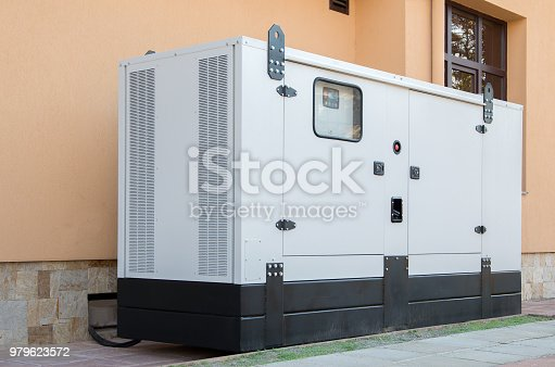 Generator for emergency electric power. With internal combustion engine.
