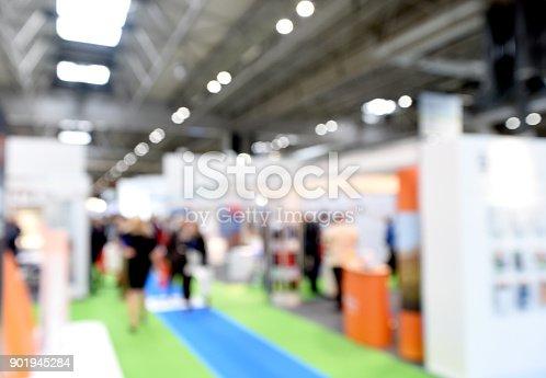istock Generic Tradeshow Scene 901945284