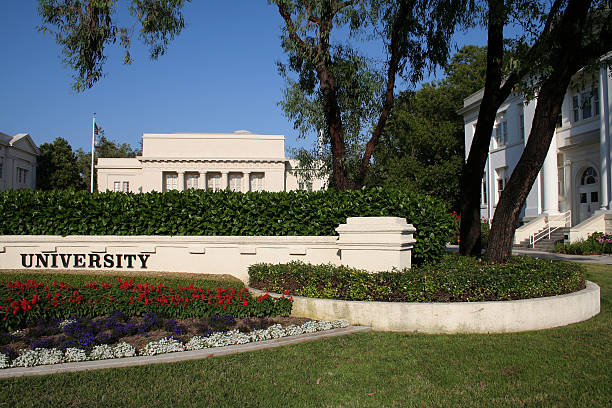 generic university campus - generic location stock pictures, royalty-free photos & images