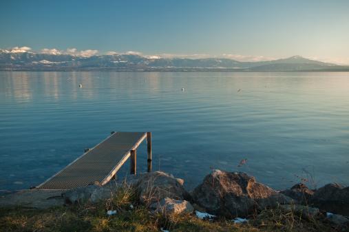 Geneva lake border