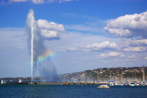 Geneva lake fountain