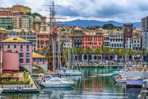 Hafen von Genua Blick aufs Meer mit Yachten – Foto