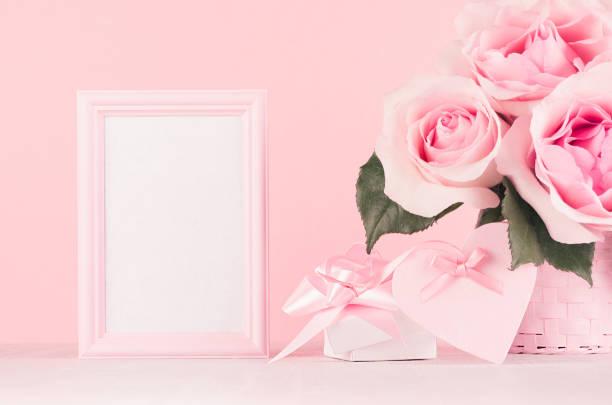 Gentle home decor for valentines day roses bouquet gift box blank picture id1131086819?b=1&k=6&m=1131086819&s=612x612&w=0&h=h7 cvcfy04u3wkrwyaq1god  gwnz46f1qwgcsfrthm=