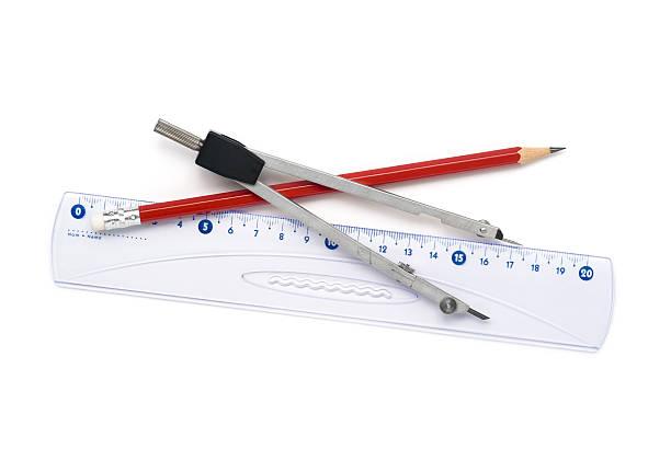 La geometría de herramientas aislado en blanco - foto de stock