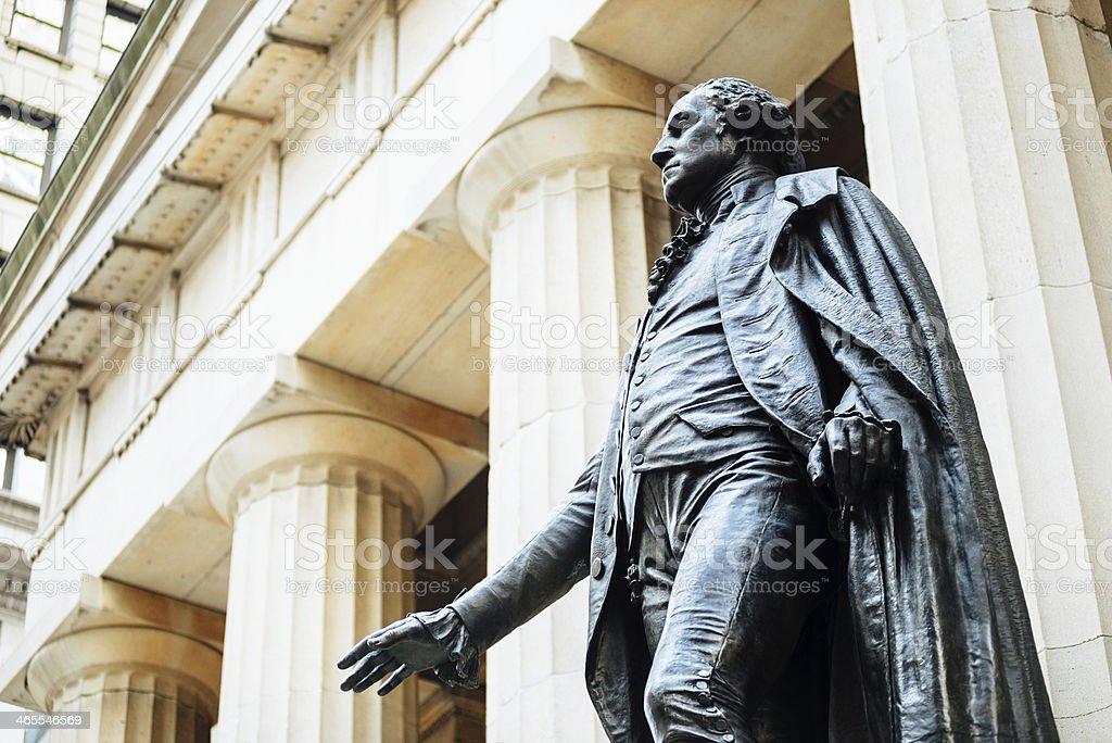 George Washington estátua em Wall Street - foto de acervo