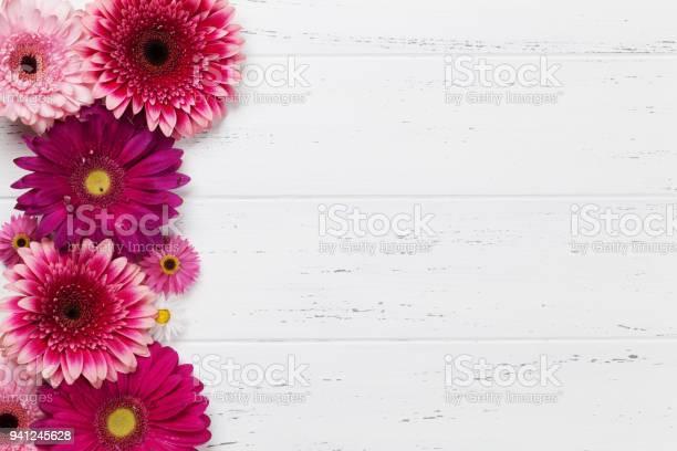 Gerbera flowers picture id941245628?b=1&k=6&m=941245628&s=612x612&h= 677aj zuvyy48rqeal4 m0lrjhz s1pqxiupwop6cs=