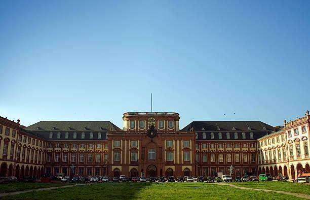 deutsche castle - mannheim uni stock-fotos und bilder