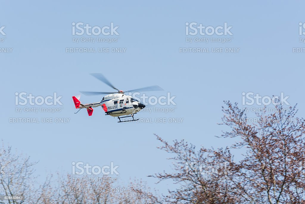 Polícia alemã, resgate de aterrizagem para helicóptero - foto de acervo