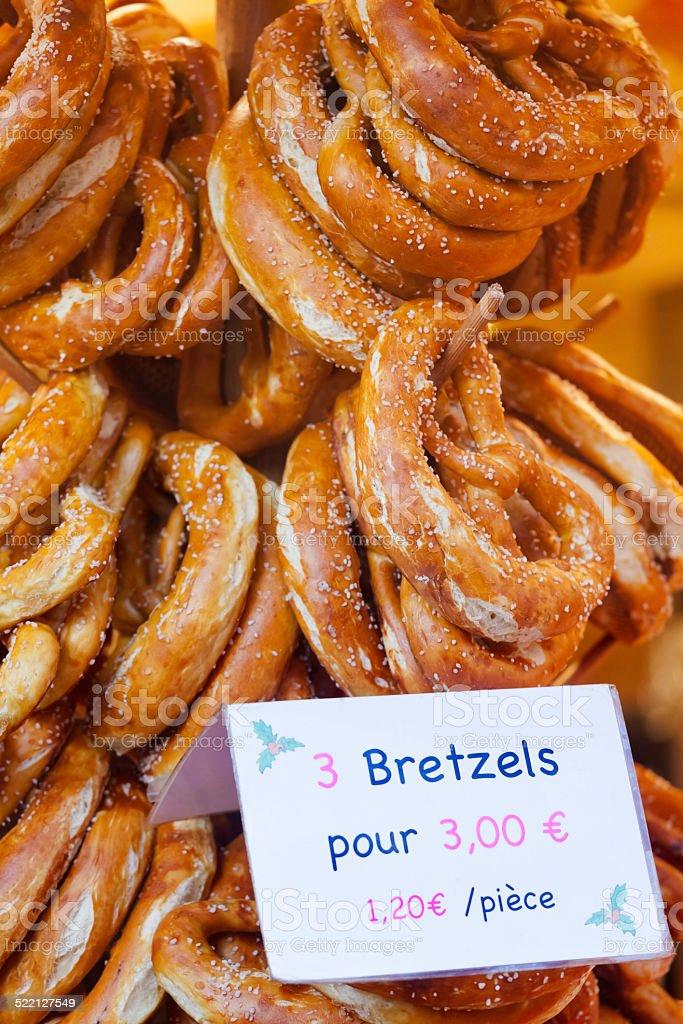 Foto De Francês Alemão Pretzels No Mercado De Natal E Mais