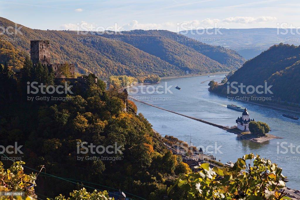 Germany,Rhineland-Palatinate,VIew of pfalz and gutenfels castle stock photo