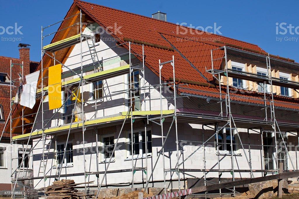 Gerüst Bau am Haus stock photo