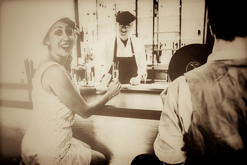 Art, Close-up, Beauty, vintage, bar, Berlin, 1920, toasting,