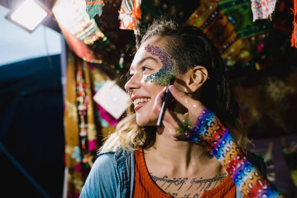 Immer Glittery für das Festival – Foto