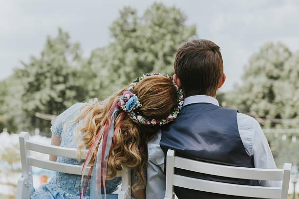 eine heirat - hochzeitsfeier mit kindern stock-fotos und bilder