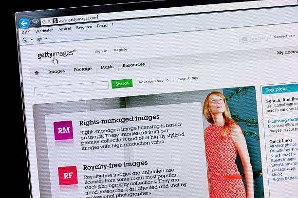 getty images-macro shot of real монитором экрана - getty images стоковые фото и изображения