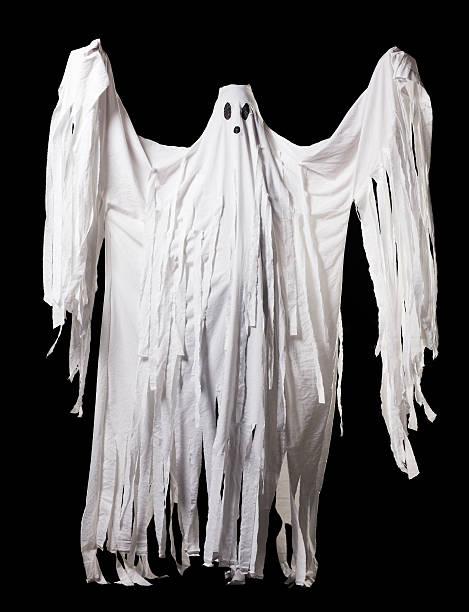 ghost halloween kostüm, ganzkörper-porträt auf schwarz - geist kostüm stock-fotos und bilder