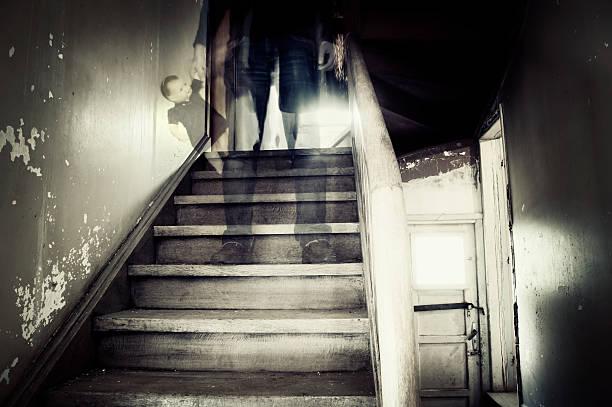 Gespenstische Abbildung auf hounted house – Foto