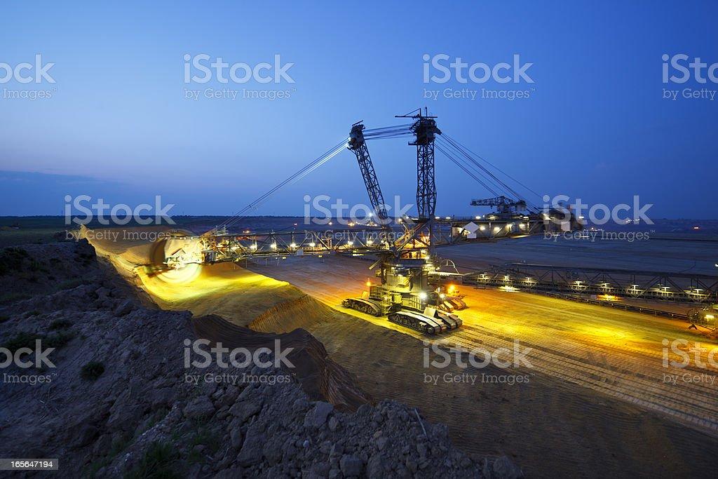 Riesigen Bucket-Rad Excavator bei der Arbeit – Foto