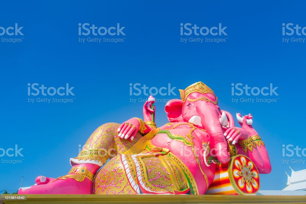 Giant pink ganesha statue wat Samarn, Chachoengsao, Thailand. Ganesha also known as Ganapati, Vinayaka, Pillaiyar and Binayak, is one of best-known and most worshipped deities in the Hindu pantheon. stock photo