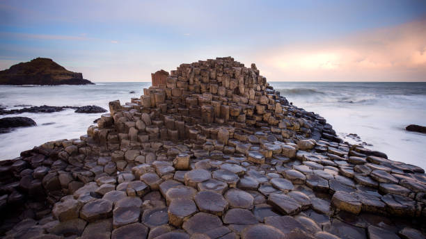 giants causeway northern ireland - rock formations stock pictures, royalty-free photos & images