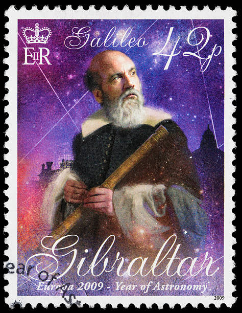 gibraltar galileo galilei briefmarke - berühmte physiker stock-fotos und bilder