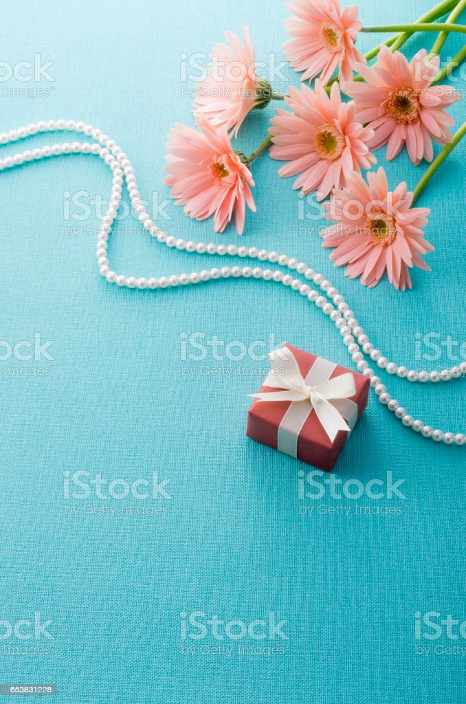 gift box and flower present image