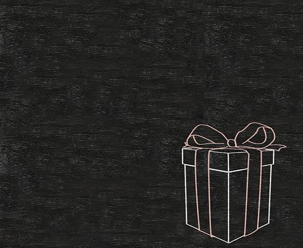 geschenk box geschrieben auf tafel hintergrund - geburtstagswünsche mit bild stock-fotos und bilder