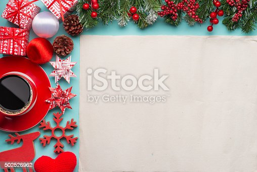 istock Gift boxes with blank paper 502526962