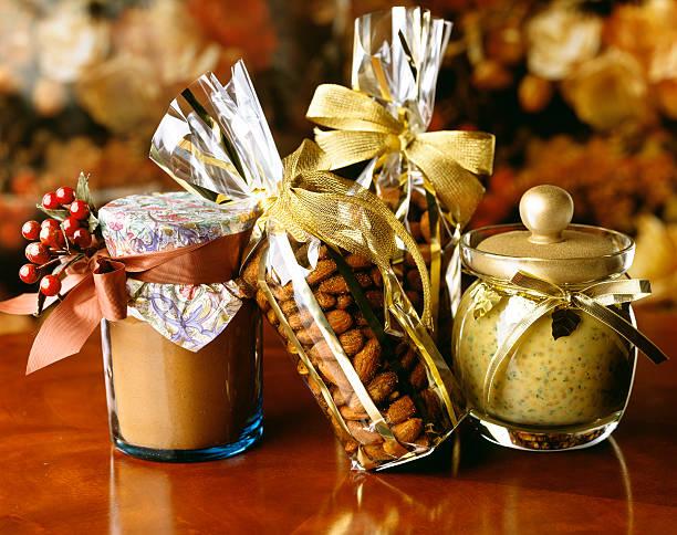 Geschenke von Nüssen und Senf – Foto
