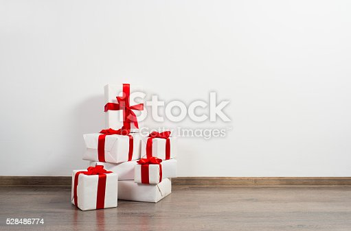 istock Gifts with ribbons 528486774
