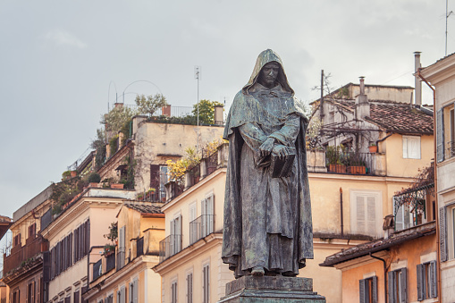 Giordano Bruno Statue In Rome Stock Photo - Download Image Now