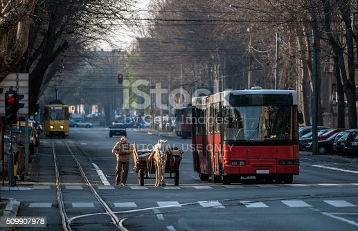 istock Gipsy and hors 509907978