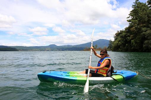girl and kayac