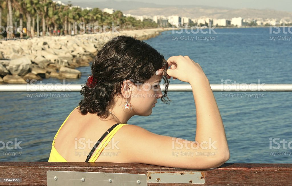 Girl and sea - Royalty-free Beach Stock Photo