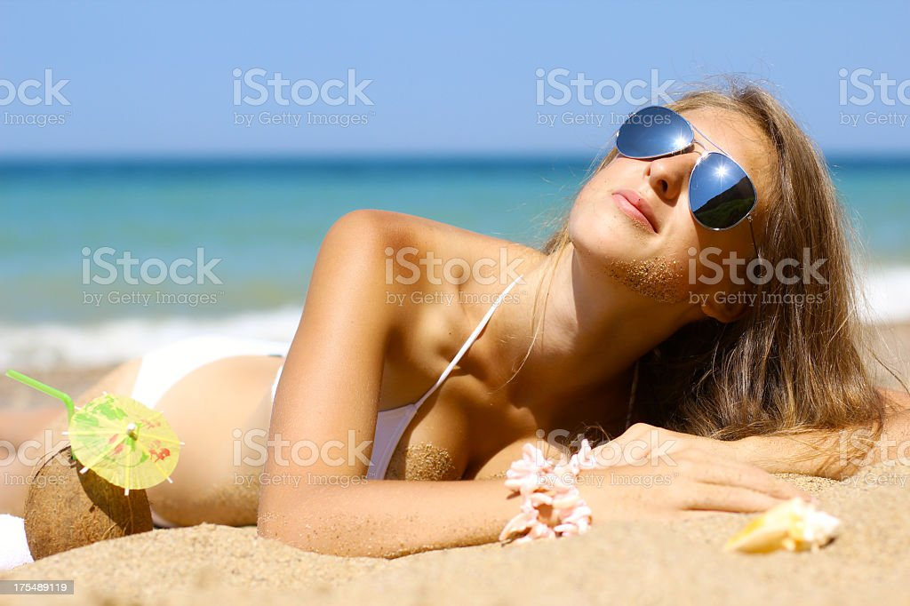 girl and the sun royalty-free stock photo