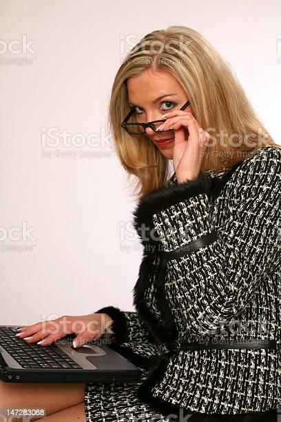 Девушка модель клавиатуры для работы модельное агенство сычёвка