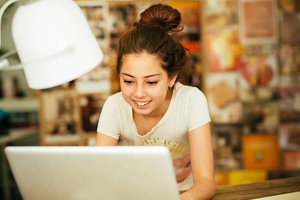 Girl doing research on laptop picture id533899974?b=1&k=6&m=533899974&s=612x612&w=0&h=1cukdksajkd8rfgnnhb6vryv7blliw9c8mnus2ypzee=