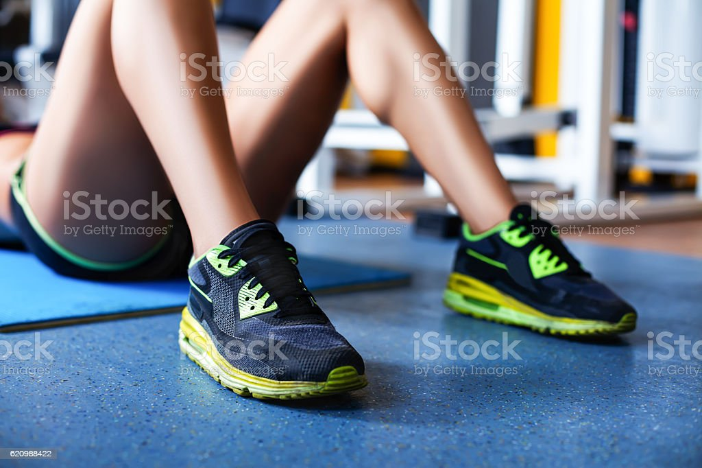 Girl exercising abs foto royalty-free