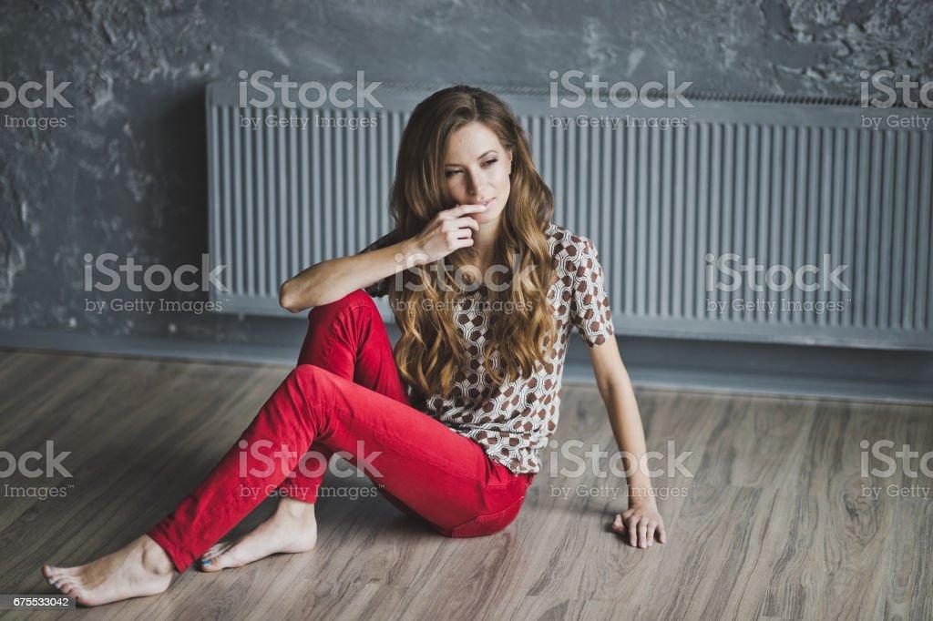 Girl in a plaid brown shirt 6956. photo libre de droits