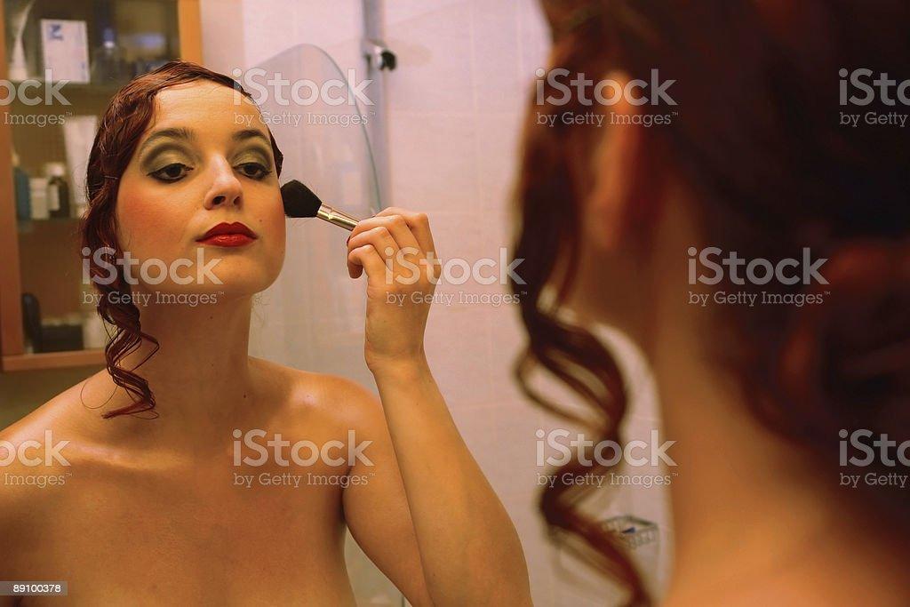 Mädchen in bathromm Lizenzfreies stock-foto