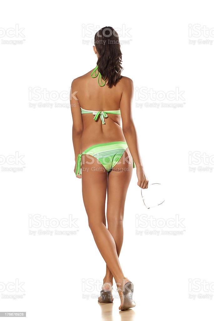 Chica en bikini foto de stock libre de derechos