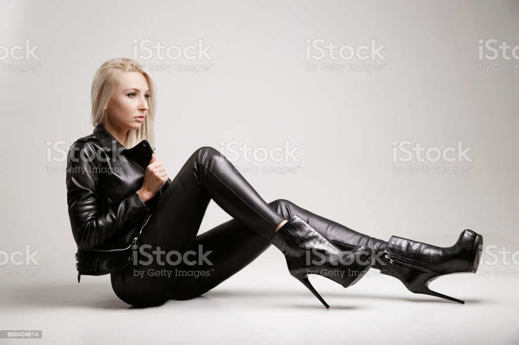 c5eb523bee5 Girl In Leather Dress Black Leather Clothing Gray Background Leather ...