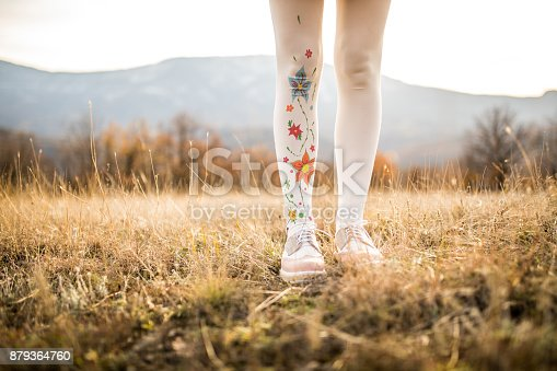 istock Girl in nature 879364760